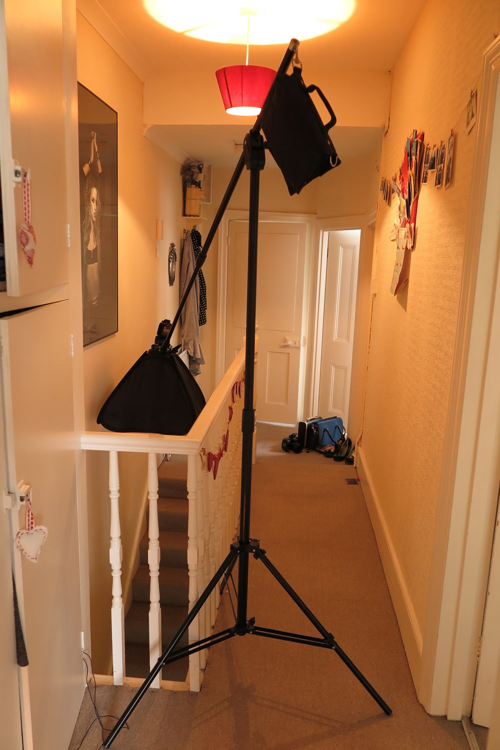 The setup for the shot. Note there is no windows around, all the light is from flash used to mimic window light.