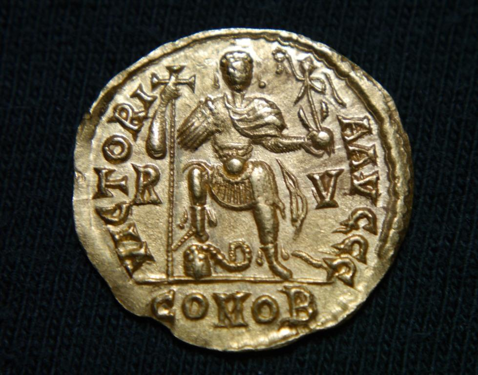 Gold coin of Valentinian, c. AD 450