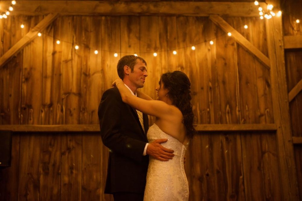 barn-wedding-venues-near-madison-wi