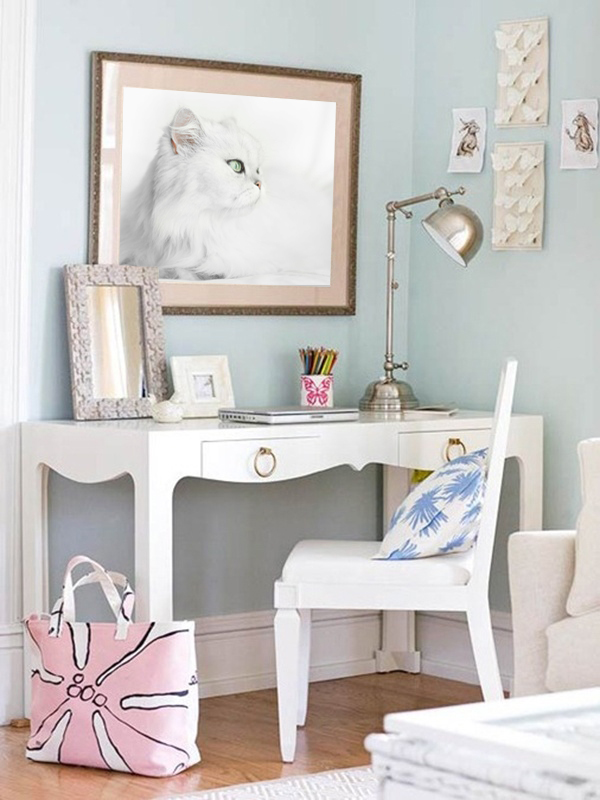 Lluna-wall-art-idea-framed-kitty-photo.jpg