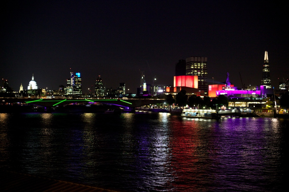 thames by night.jpg