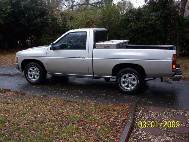 1996 Nissan Pickup.jpeg