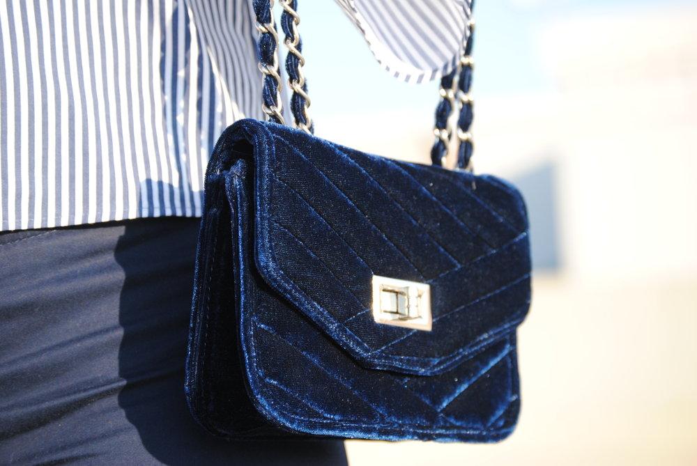 Blue19.JPG