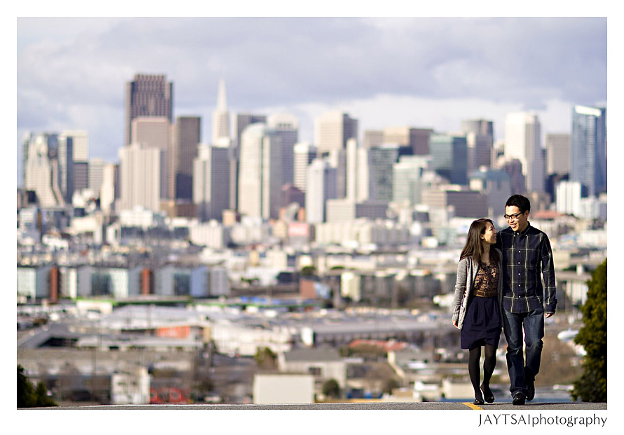 01-potrero-hill-san-francisco-engagement-picture.jpg