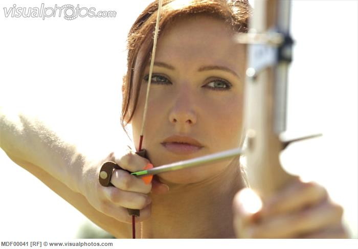 female_archer_close-up_MDF00041.jpg