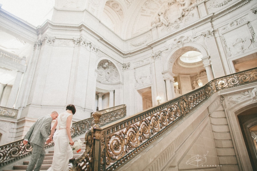 san-francisco-city-hall-wedding(pp_w886_h590).jpg