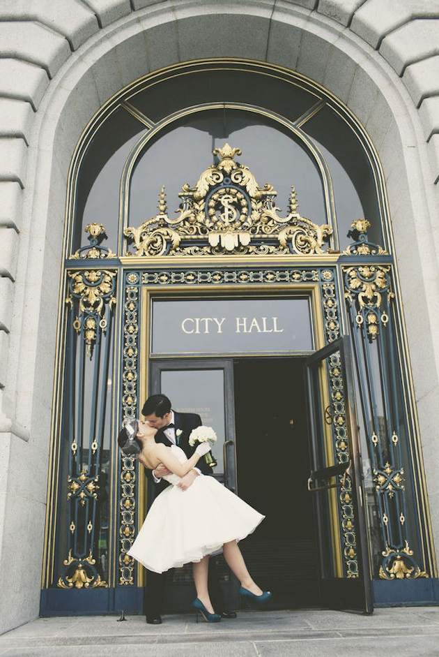 Vintage-San-Francisco-City-Hall-Wedding-.png