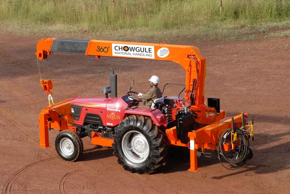 Tractor Crane 02.jpg