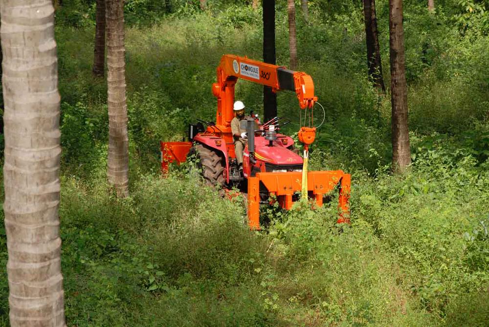 Tractor Crane 03.jpg