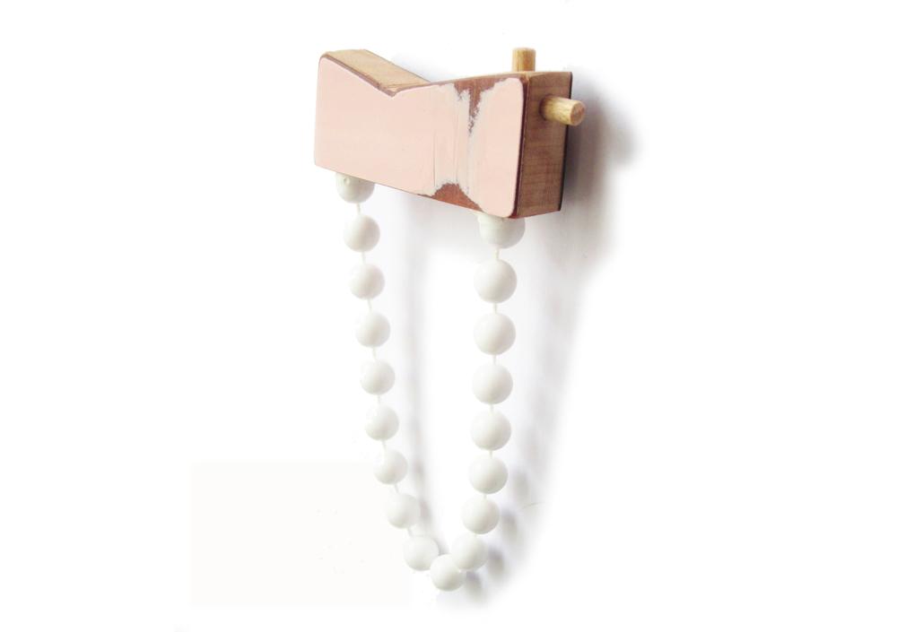 B4 Vanmol, Karen pink & white beads brooch.jpg