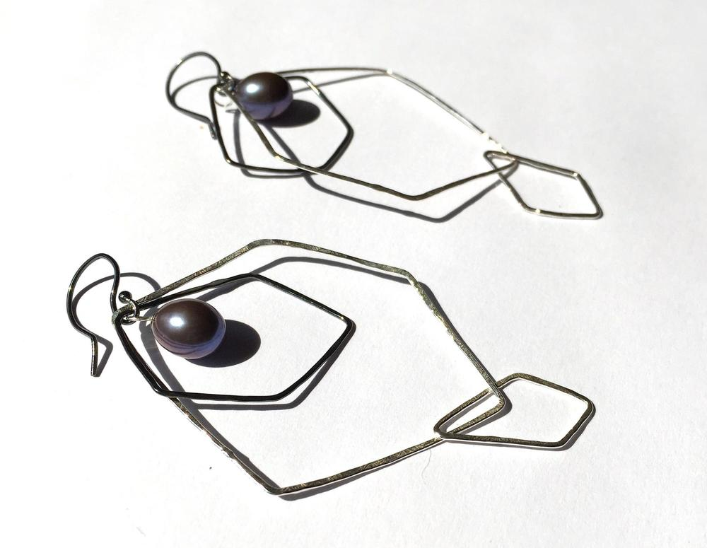 E8 Graff, Missy (MG8) small oxidized hoop, large polished hoop with dark blue freshwater pearl.jpg
