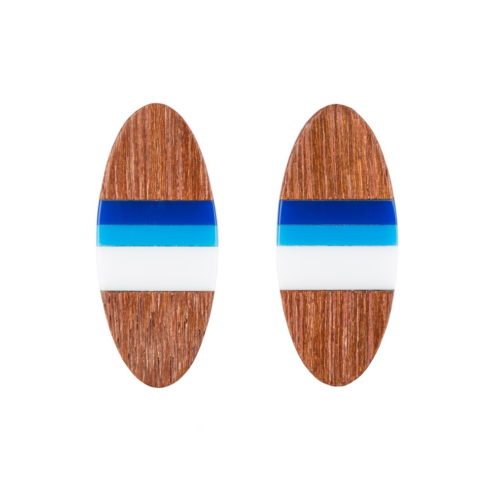 E6 Taylor, Kate long wooden oval with blue & white.jpg