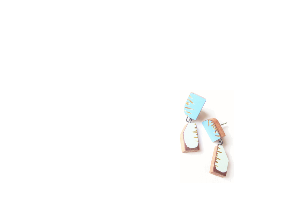 E4 Vanmol, Karen turquoise on top piece, light blue on bottom.jpg