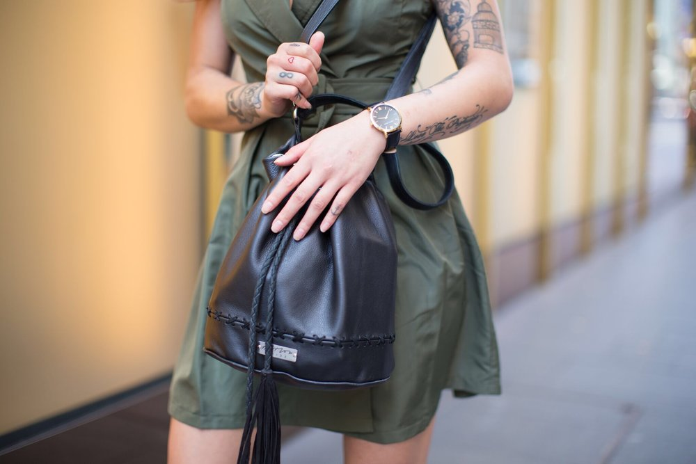 https://www.harlowandhide.com.au/products/the-bucket-bag