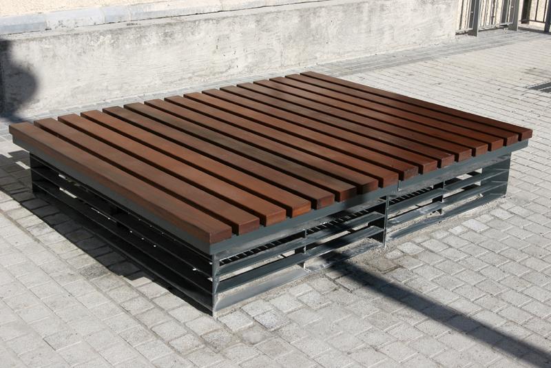 Vent bench.jpg
