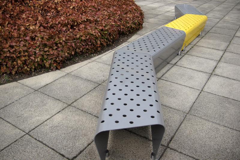 t3 trapezoidal bench