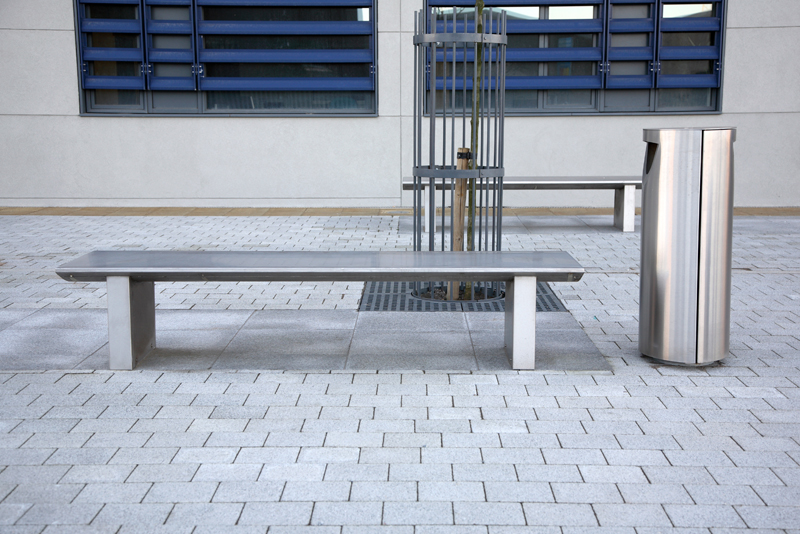 s32 bench, s11.3 litterbin
