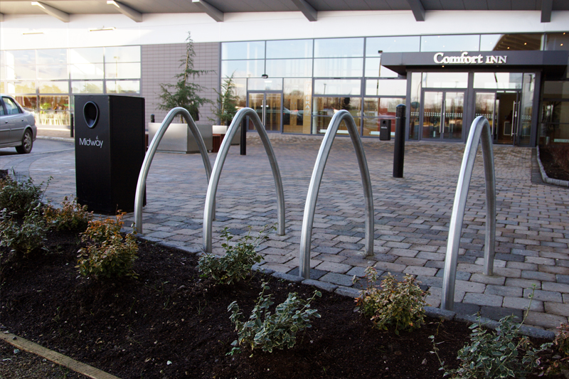 s69 cycle stand, s50 litterbin, s57 planter