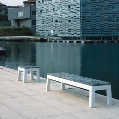 lugar_marítimo,_base_betão_branco_+_topo_pedra_verde_imperial.jpg
