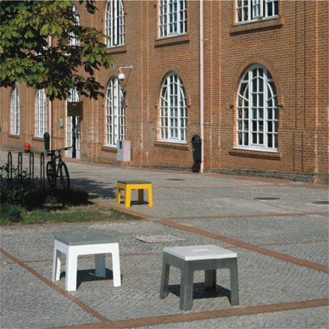 lugar_urbano,_bases_aço_inox_e_lacados_+_topos_microbetão.jpg