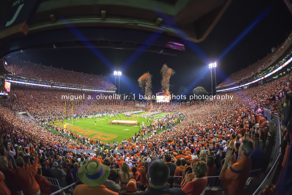 CLEMSON PAGEANTRY_Mike Olivella__D601237.jpg