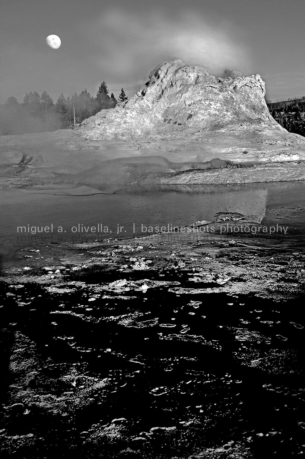 Castle Geyser and Moona.jpg