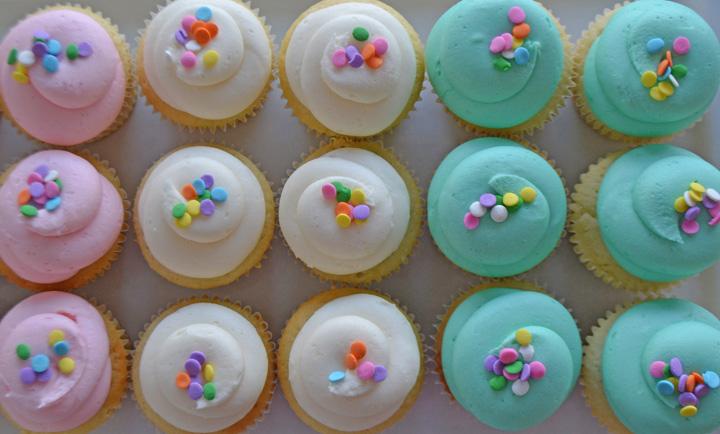 Bake Sale Best Vanilla Cupcakes Buttercream Icing Blog.jpg
