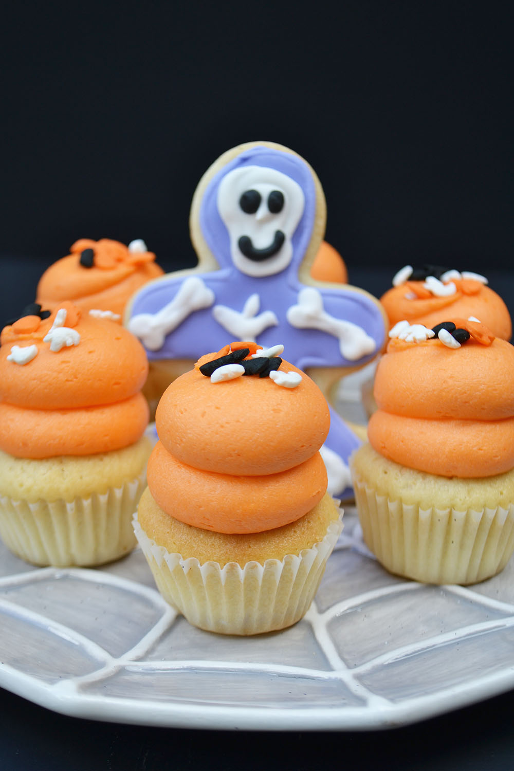 Mini Halloween Cupcake in Chocolate or Vanilla $1.75