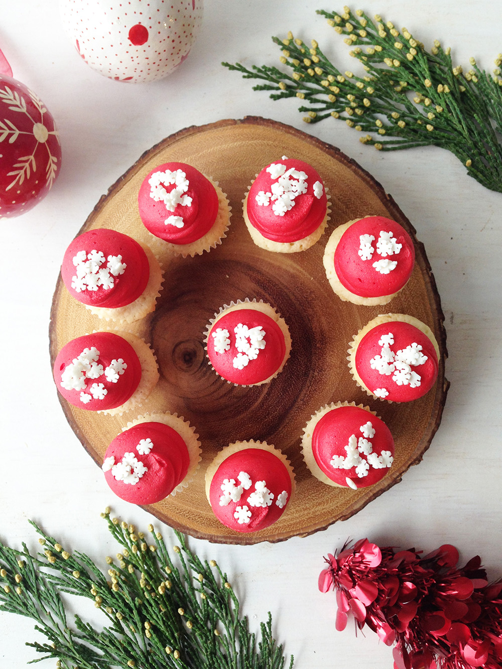Vanilla or Chocolate Snowflake Mini Cupcake -$1.70