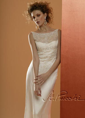 ST. PUCCHISix Elegant & Sophisticated St. Pucchi Wedding Gowns