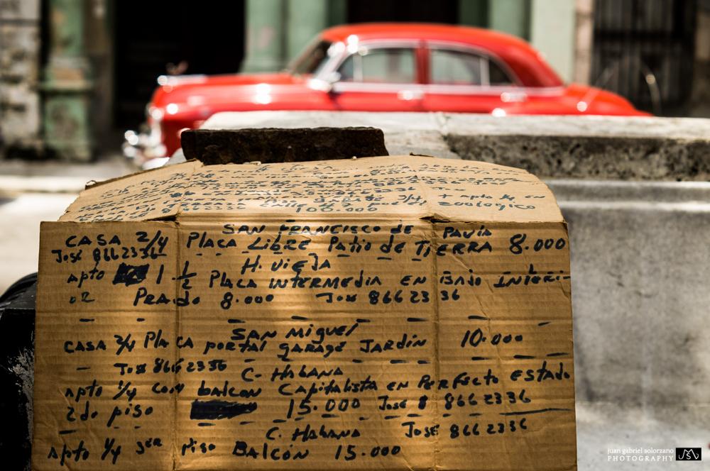 Parque Prado, La Habana, Cuba. April 2013.