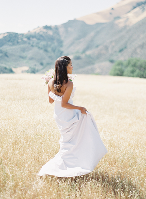 bhldn-ruffle-wedding-dresses.png