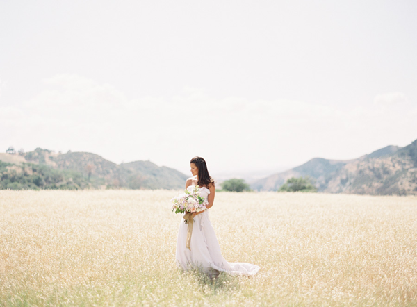 Figueroa-Mountain-Farmhouse-wedding-ideas.png