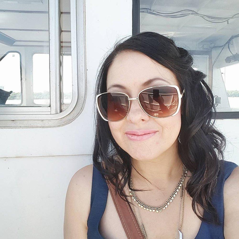 JULIE SMITH  Writer