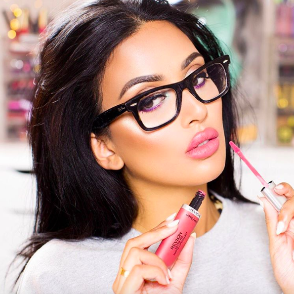 Beauty blogger Irene Khan discloses her sponsored content with #ad Credit: instagram.com/irenesarah