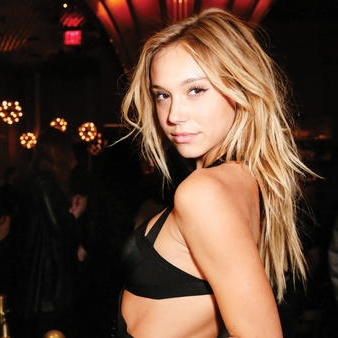 Santa Monica native Alexis Ren is one of dozens of beauty and fashion influencers using social media to engage with followers and work with brands. (Kelly Taub / BFA / REX / Shutterstock)