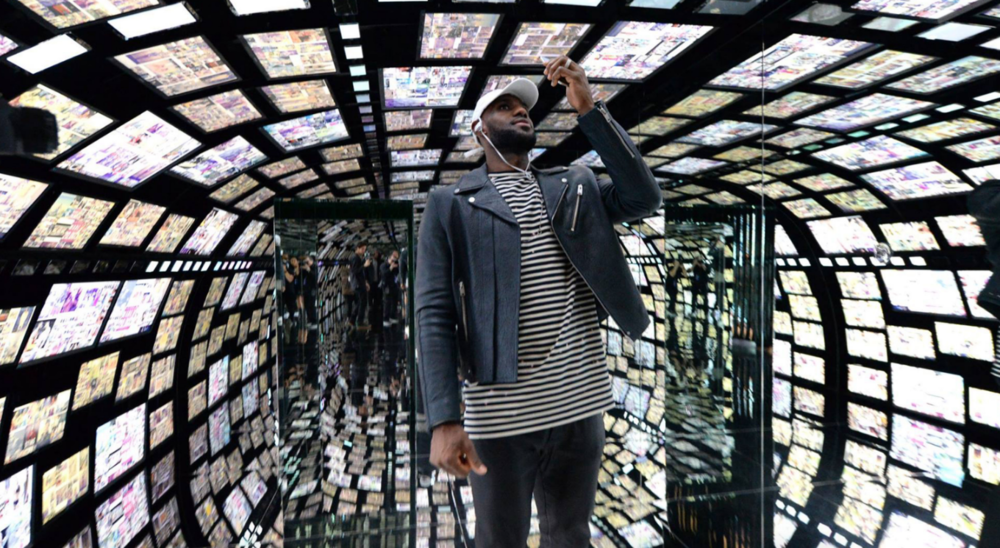 LeBron James at Samsung 837's virtual reality tunnel