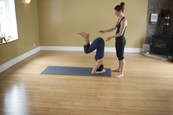 Eliot and Cathia Headstand Assistancce-122.jpg