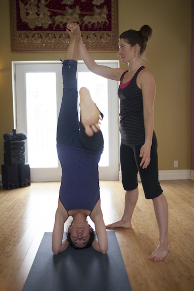 Eliot and Cathia Headstand Assistancce-138.jpg