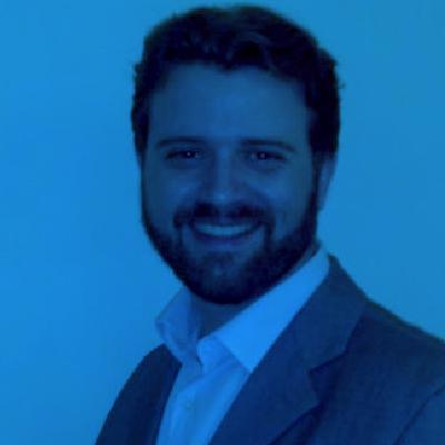 Filipe-Villar--Mestre-de-cerimonia-RIOClavis.jpg