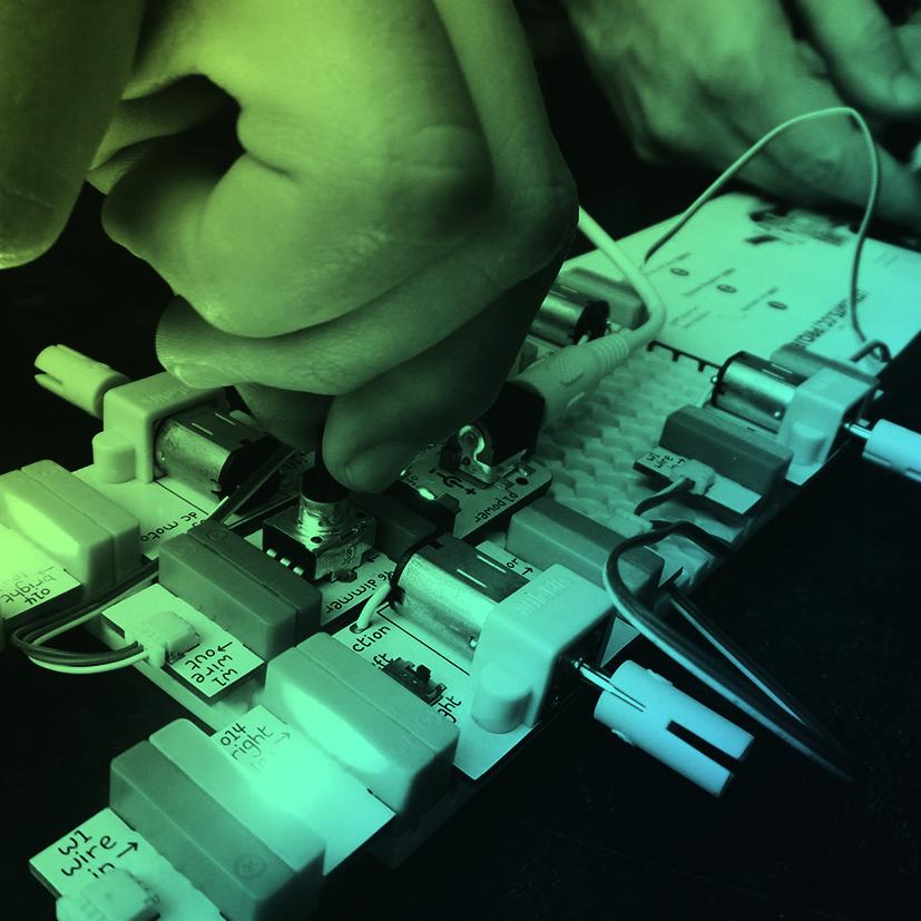 LittleBits:Coloque a sua perícia e imaginação em prática para juntar as peças do littleBits e transformá-las em um incrível circuito inteligente!