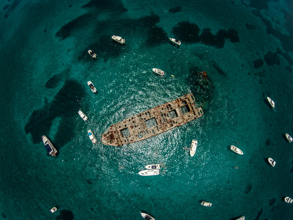 Bimini SS Sapona Shipwreck 4384 x 3288.jpg