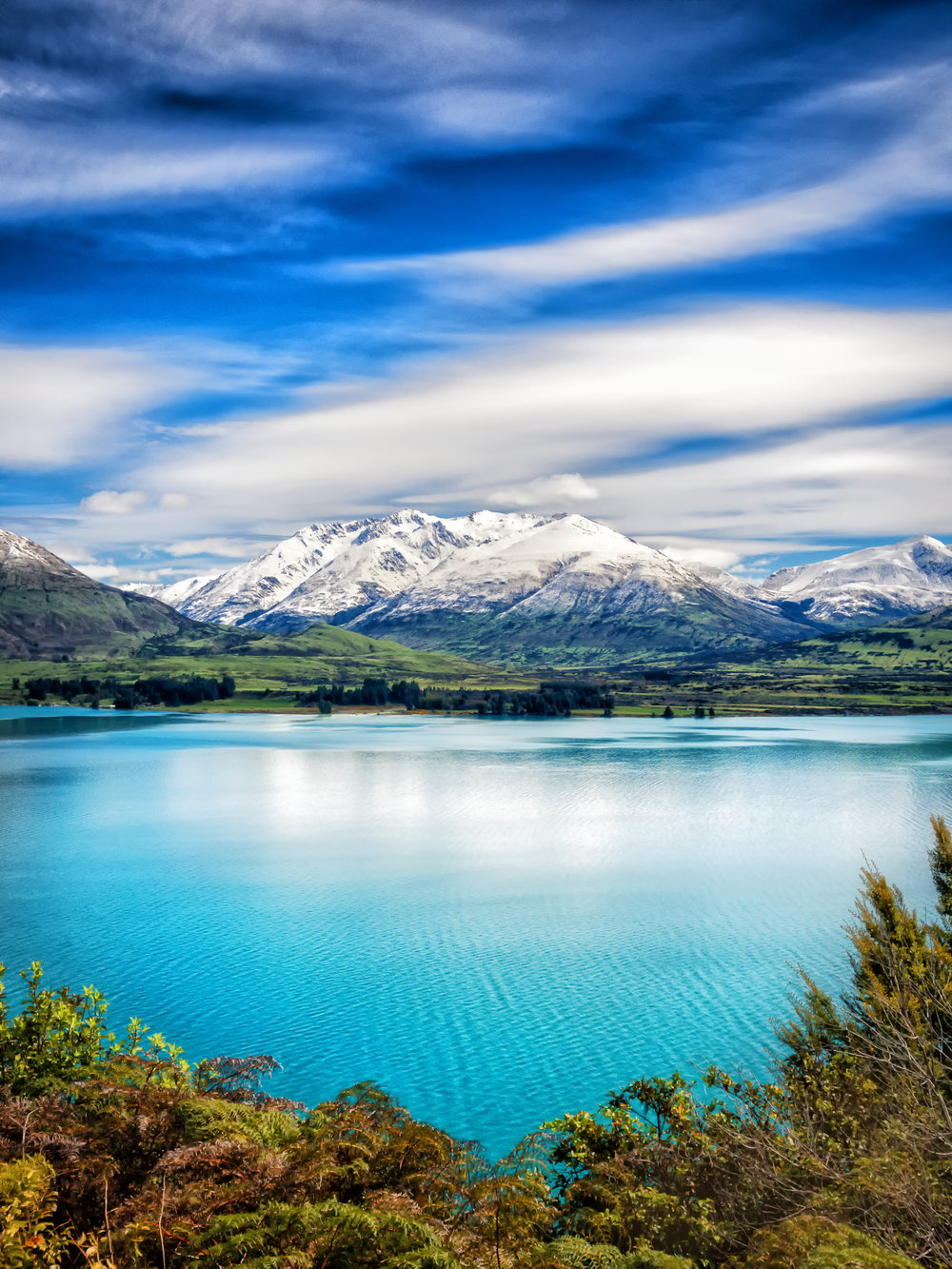 New Zealand Remarkable Layers Portrait Lake Wakitipu.jpg