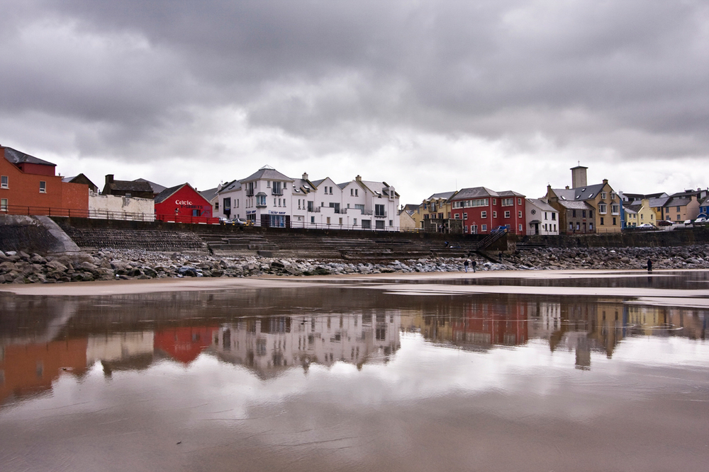 Lahinch-Beach.jpg