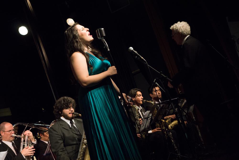 Magdalena cantante coctel músicos en vivo agez