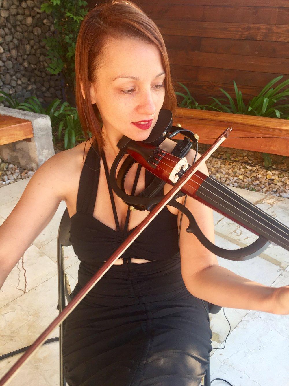 violinista electrica violin electrico string quartet yamaha