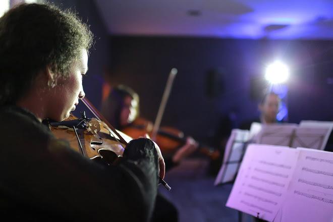 Cuarteto de cuerdas música actual pop rocj clasica pelicula para matrimonios y eventos chile