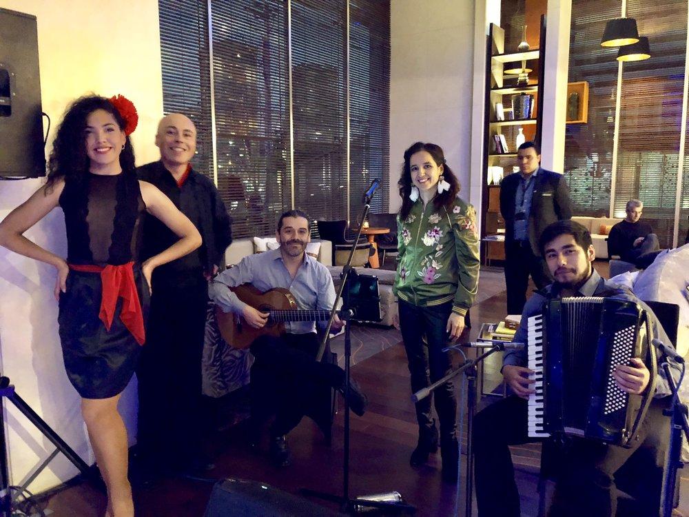 musicos bailarines para eventos chile