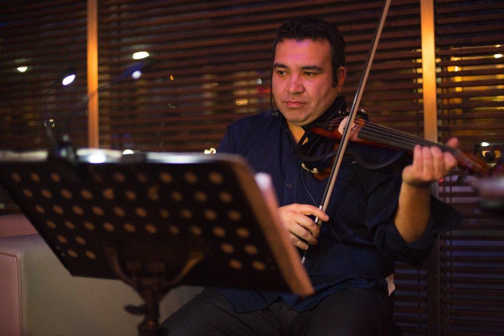 Electroclásicos Chile Cuarteto de cuerdas eléctrico Músicos para eventos Santiago