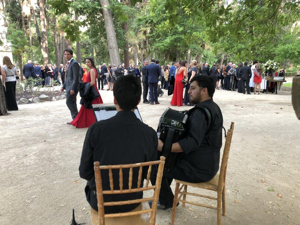 viña santa rita parque buin alto jahuel acordeon clarinete musica francesa chile
